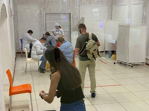 Вакцинацию от коронавируса планируют вести в челябинских ТРК