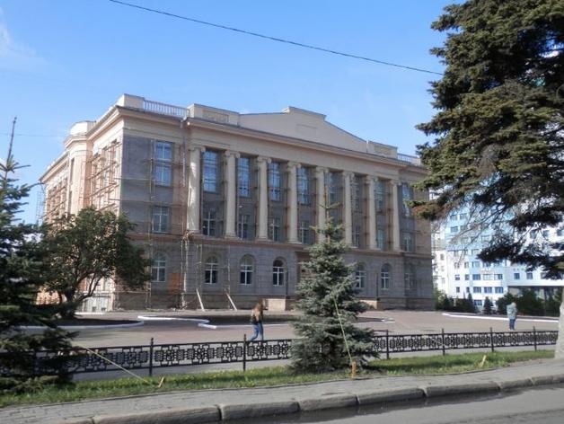 В Челябинске завели дело о мошенничестве при ремонте публичной библиотеки