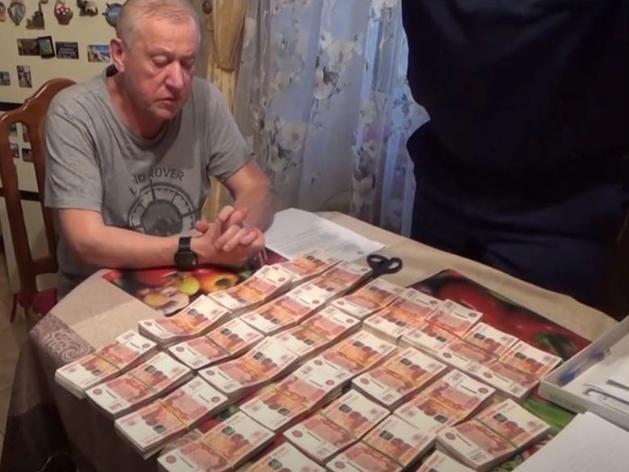 Бывшему мэру Челябинска Евгению Тефтелеву выставили счет в 13 млн рублей