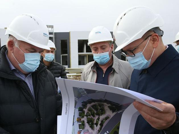 Губернатор Текслер и полпред Якушев обсудили реновацию жилого фонда в Челябинске