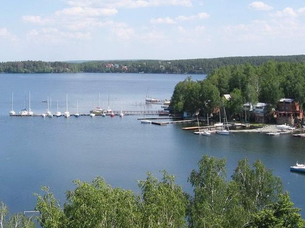 На озере Увильды 18 участков выставили на продажу со стоимостью 0 рублей