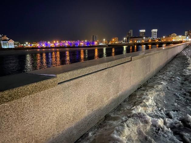 «Гранитная стена набережной — это дыра для бюджета, которая никогда не затянется»