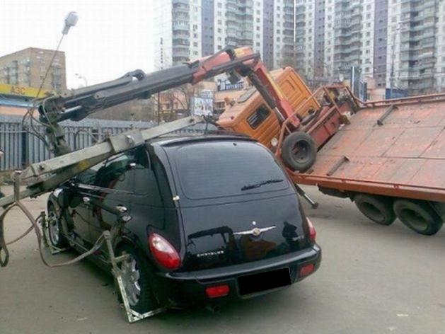 В Челябинской области ввели штрафы для эвакуаторщиков за порчу машин