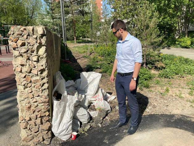 Плитка треснула и повсюд строительный мусор: челябинский сквер после благоустройства