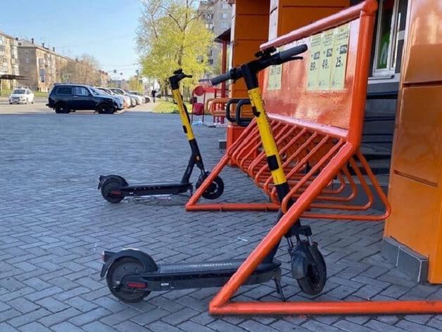 Всего 1% жителей Челябинска ездят по городу на велосипедах и самокатах