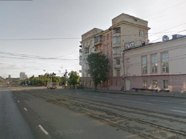 Реверсивное движение организуют на Свердловском и закроют проезд для троллейбусов на 2 дня