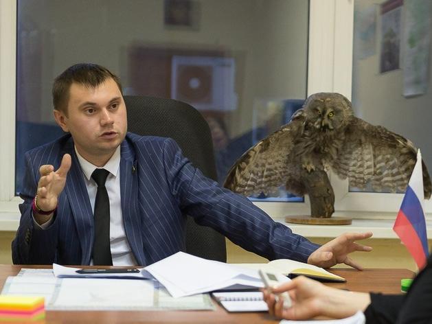Силовики задержали и увезли на допрос замминистра экологии Виталия Безрукова
