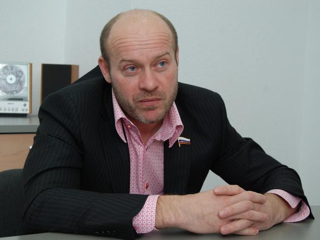 Кредитор аптеки «Классика» требует с семьи Олега Колесникова 1 млрд руб.