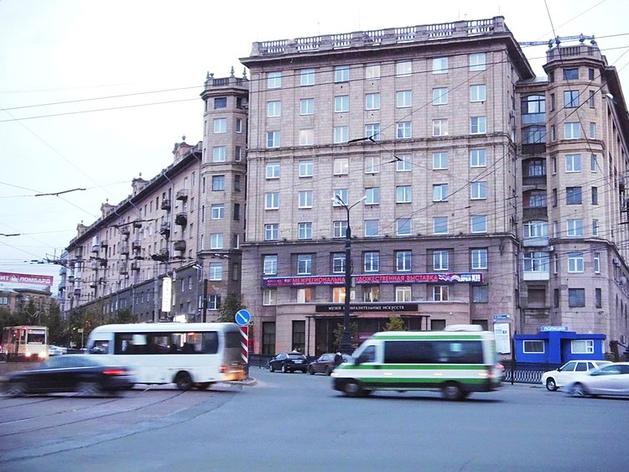 В Челябинске на площади Революции изменится схема движения